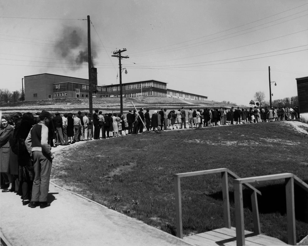 Line For Cigarettes IN 1945 at Williams Drug Store-Jackson Sq. Oak Ridge
