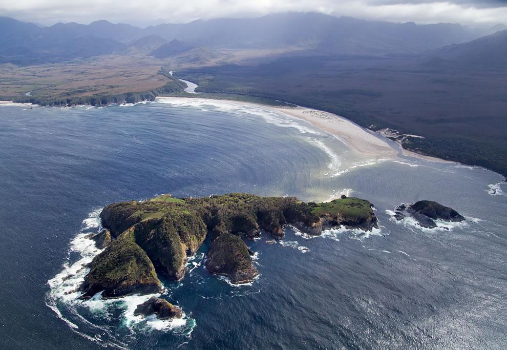 Louisa Island and Louisa Bay, Southwest National Park, Tasmanian Wilderness World Heritage Area