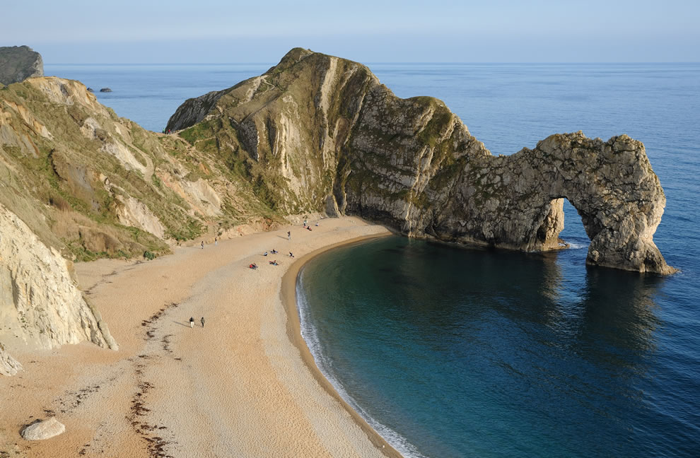 Durdle Door Overview of sandy beach