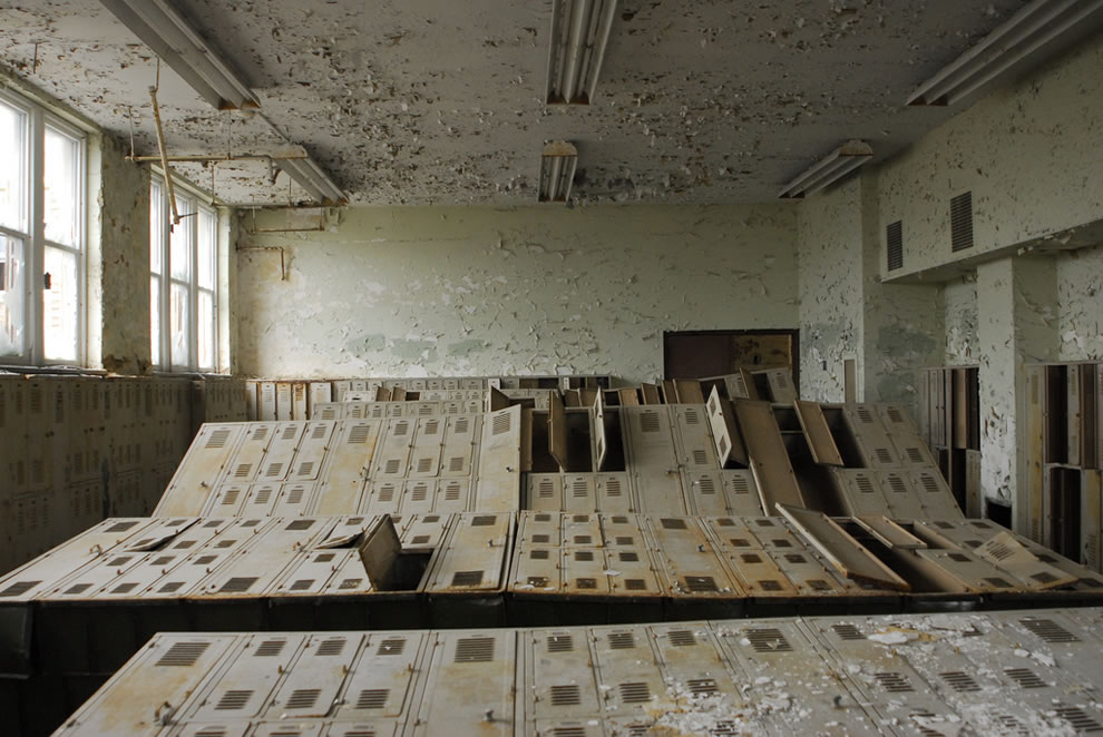 Locker Stumble at abandoned school in Cleveland, Ohio