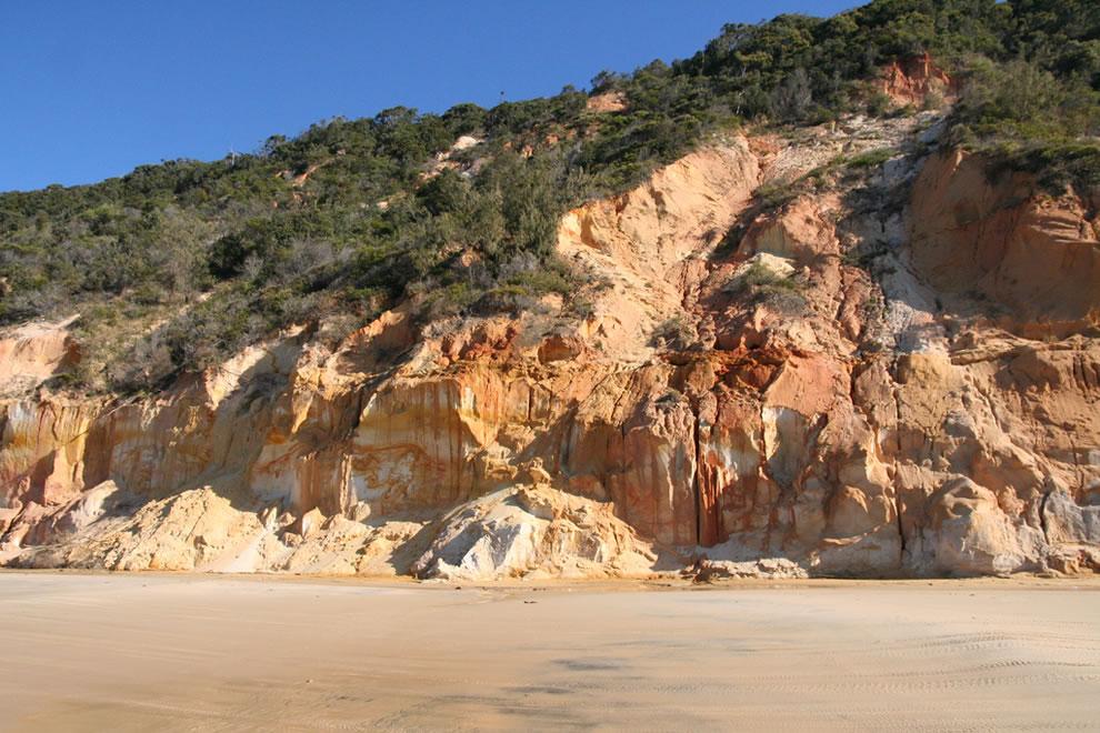 Rainbow Beach, Fraser Island