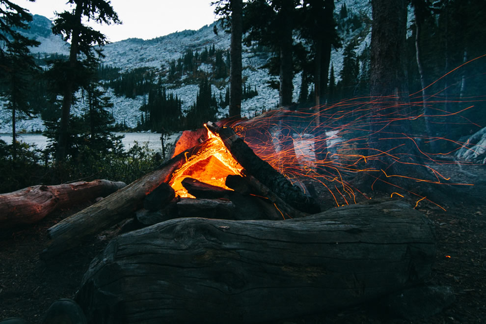 Backpacking, campfire in the Selkirk Crest, Idaho