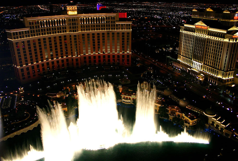 Bellagio Fountains climax