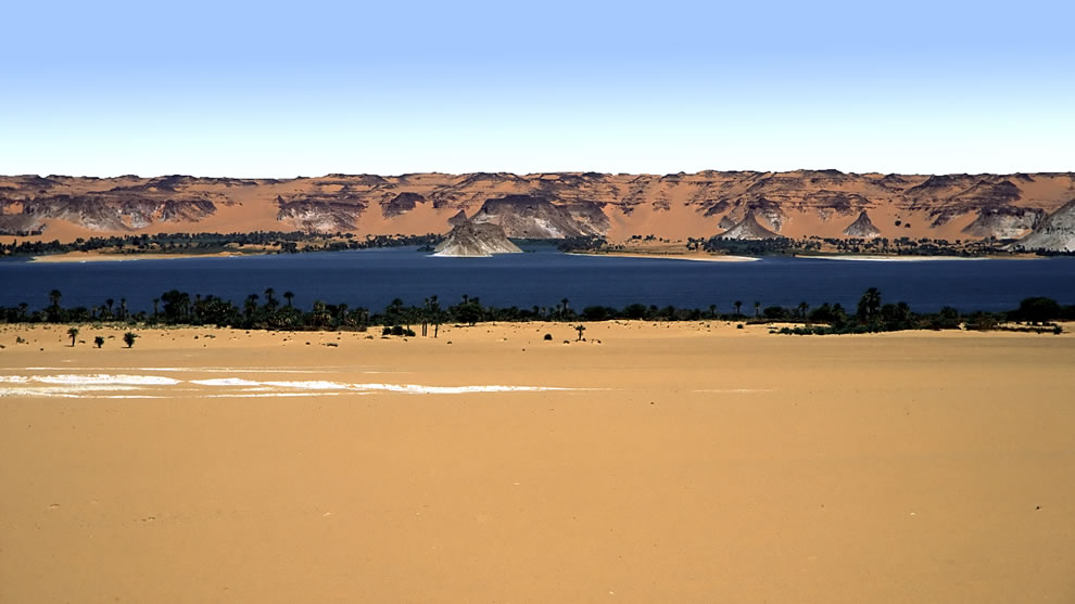 Lakes of Ounianga, 18 different lakes, World Heritage Site in 2012