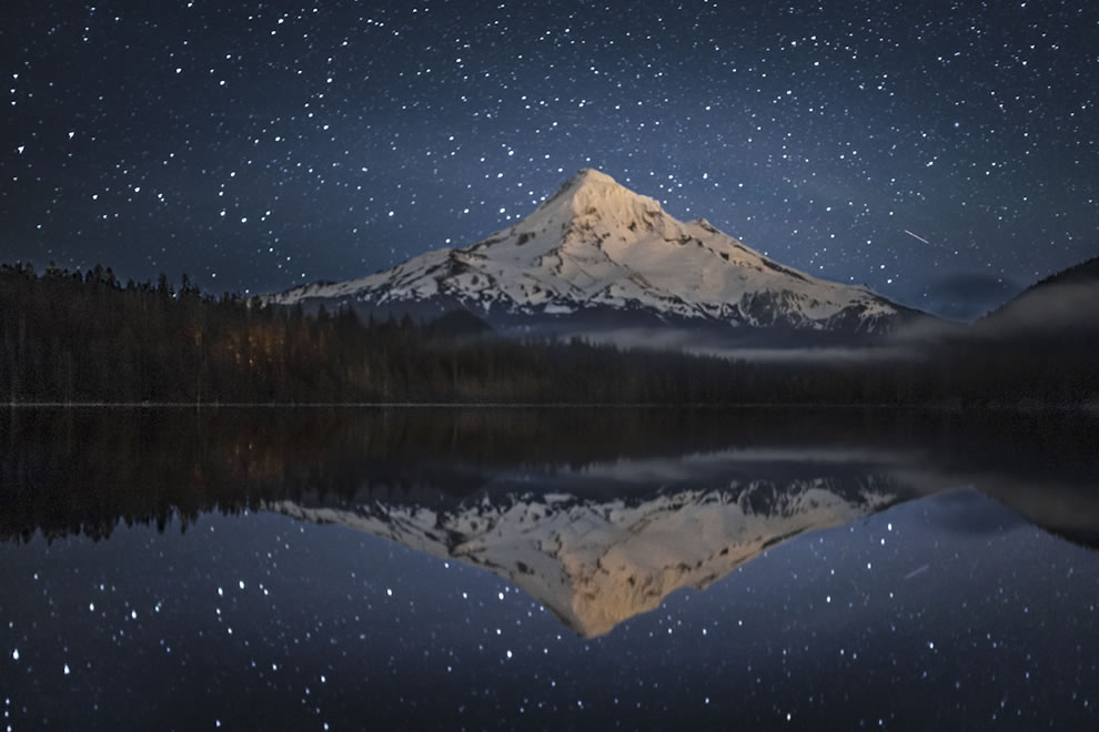 Lost Lake in the Mount Hood National Forest, night view of Mt. Hood