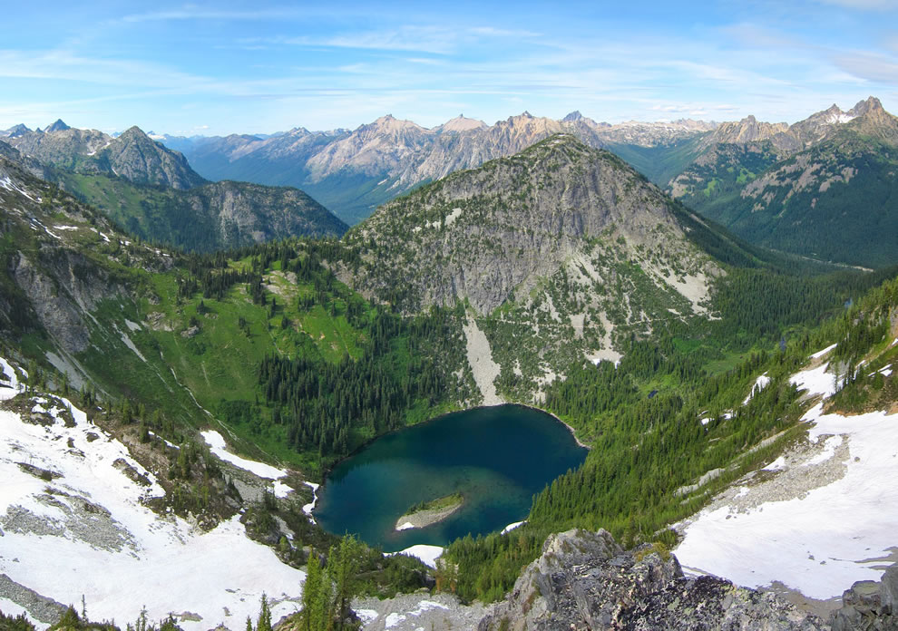 View from Maple Pass in Okanogan-Wenatchee National Forest, Washington