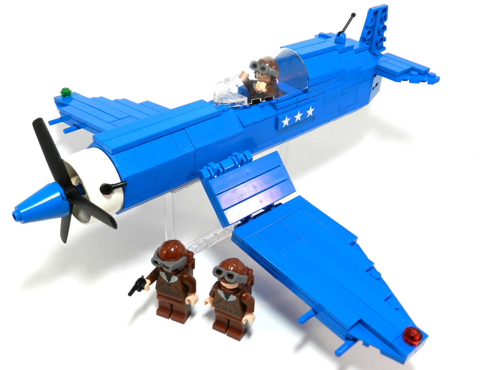 WWII LEGO Vought F4U Corsair