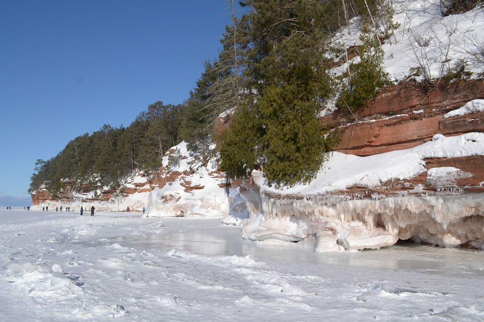Frozen Lake Superior and Meyer's Beach in 2014