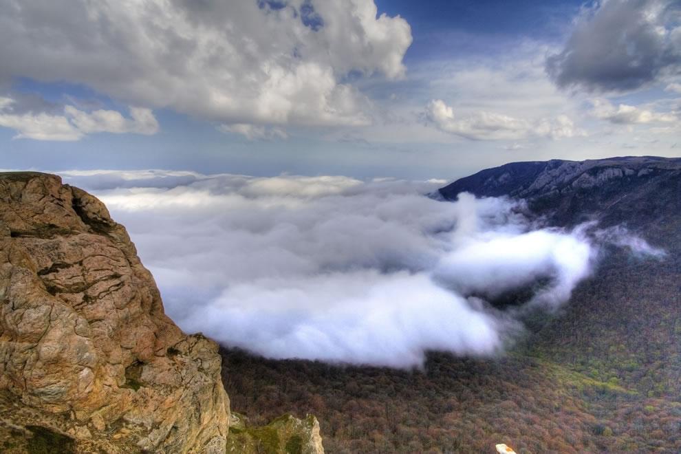 Cloudwave over Khaphal, Crimea