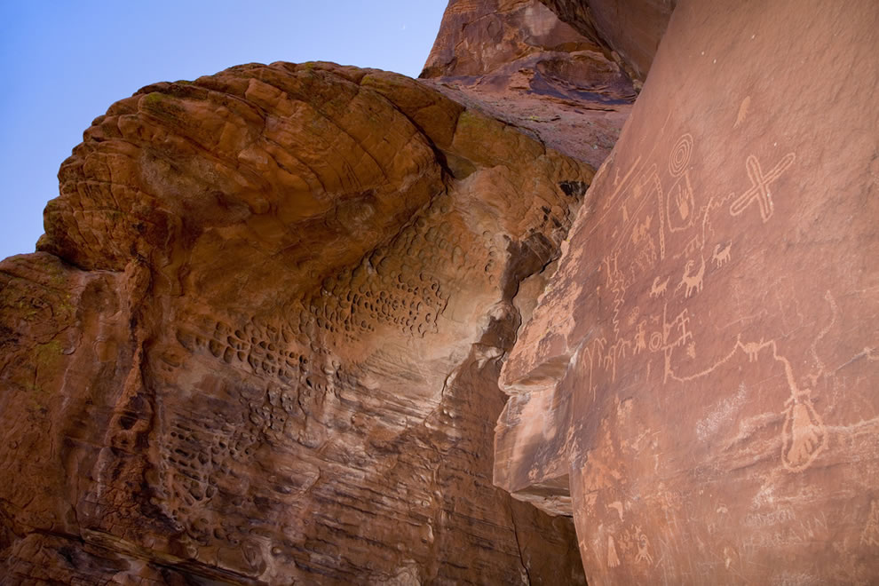 Petroglyphs at Atlatl Rock, Valley of Fire
