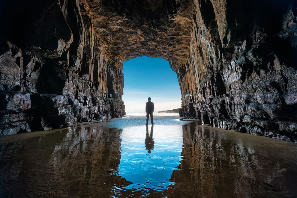 Cave along New Zealand beach