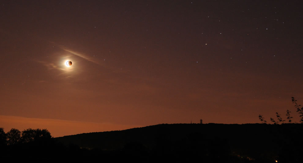 Lunar eclipse as seen from France in 2011