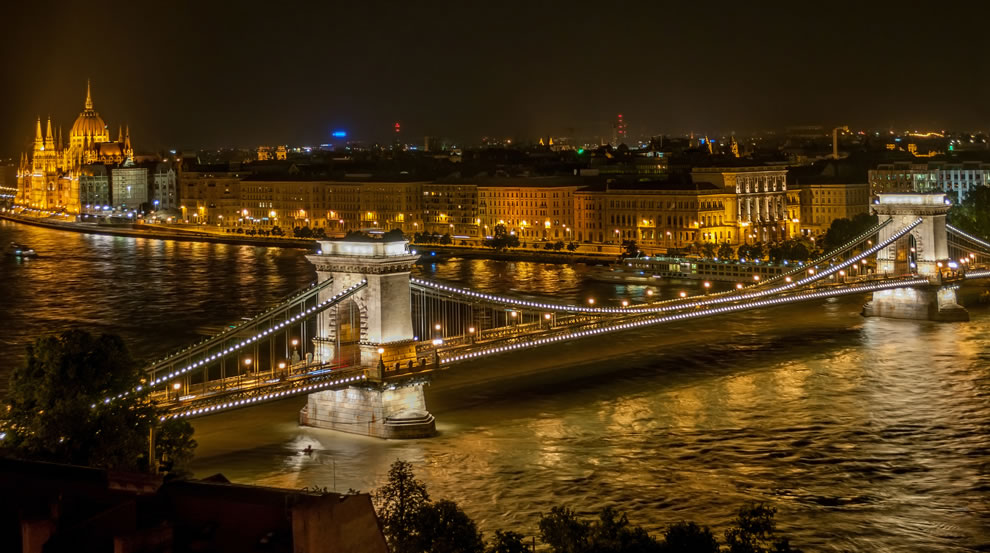 Night view of The Széchenyi Chain Bridge from Buda Castle in Budapest