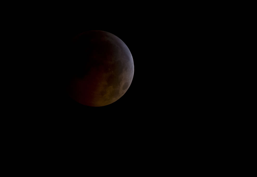 Total Lunar Eclipse, blood moon from Dec 2010