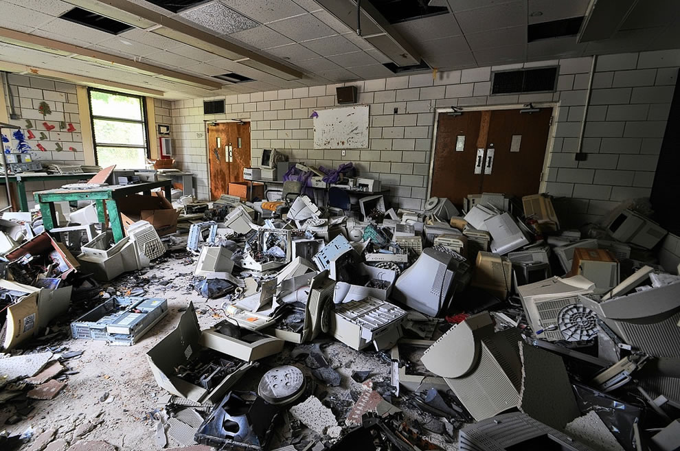 Computers, government waste at abandoned asylum Forest Haven
