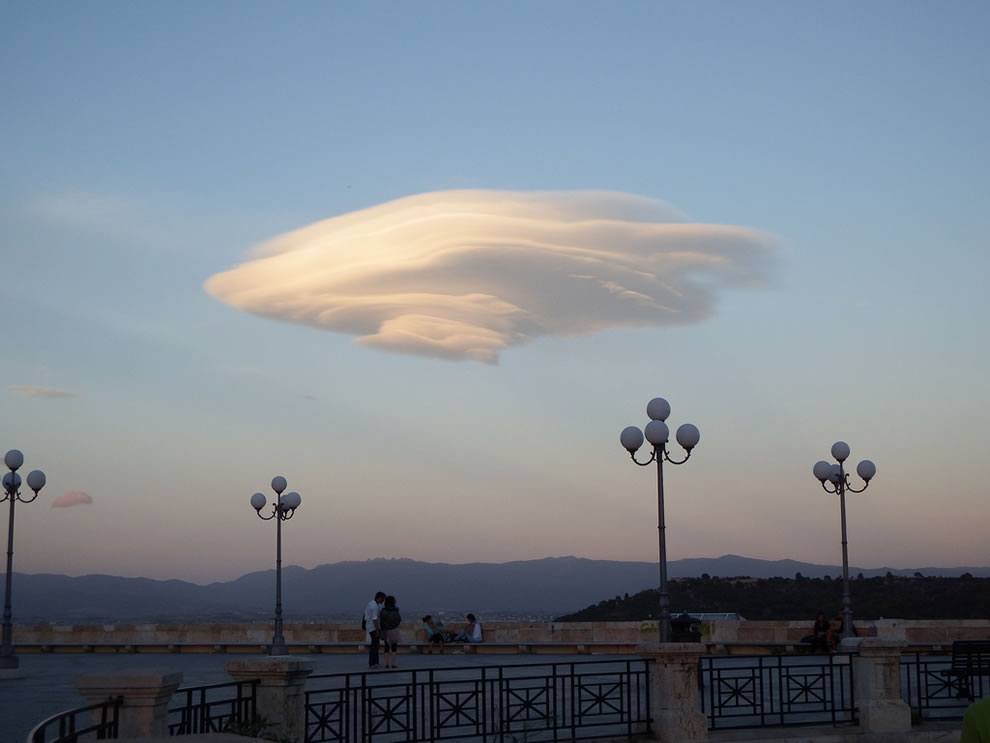 Lenticular Cloud over Cagliari