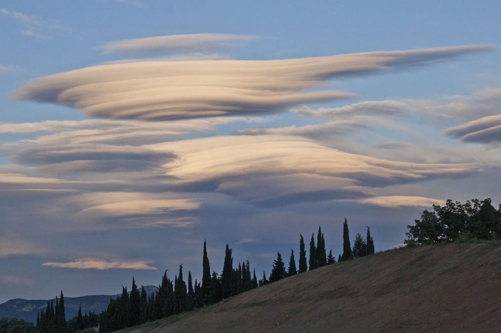 UFO clouds over France
