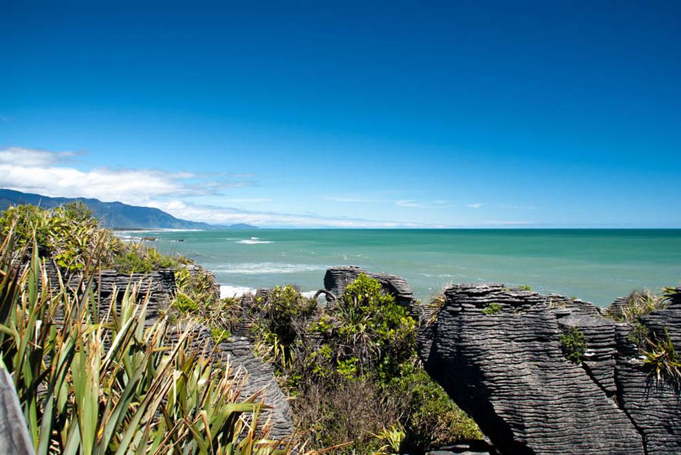 Great scene of Pancake Rocks, Punakaiki, West Coast of New Zealand
