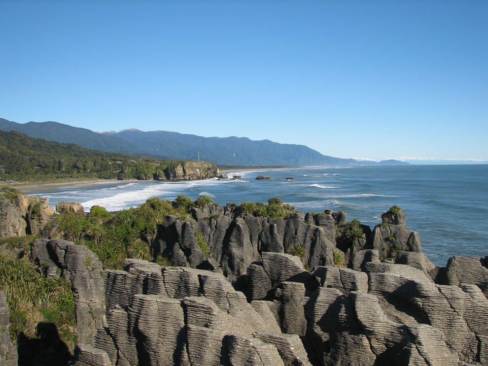 Looking south, Pancake Rocks at Punakaiki