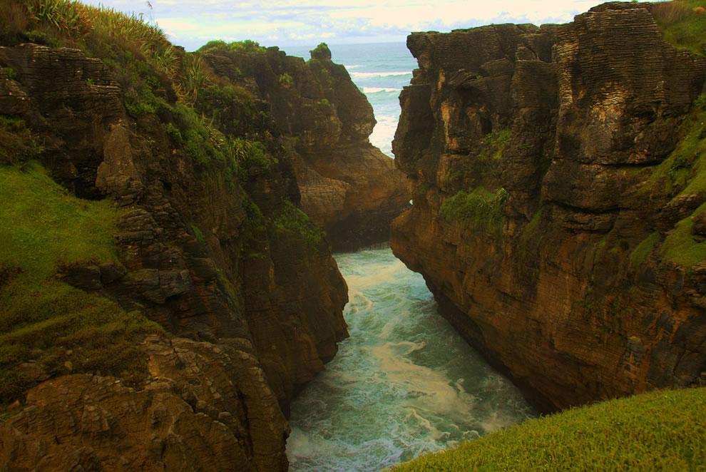 Punakaiki between the rocks, west coast of New Zealand