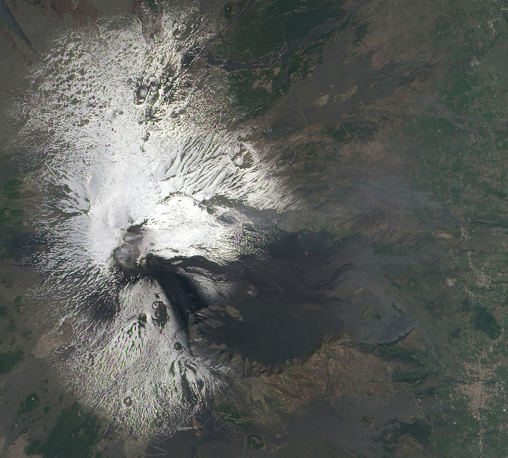 Activity at Mt. Etna in April 2011