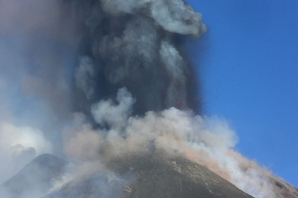 Kaboom, Etna in Oct 2013