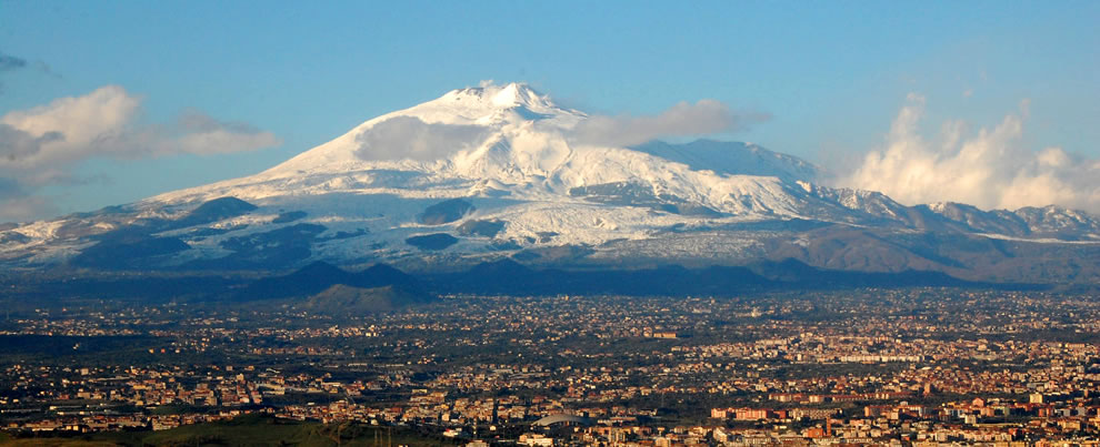 Mt Etna, with Catania in the foreground