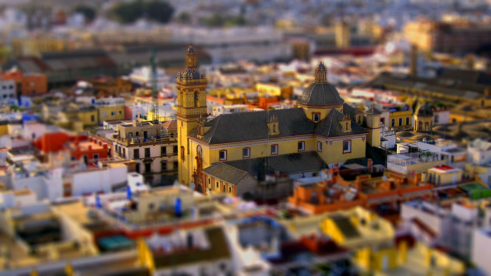Tilt shift of Iglesia de San Bernardo in Spain