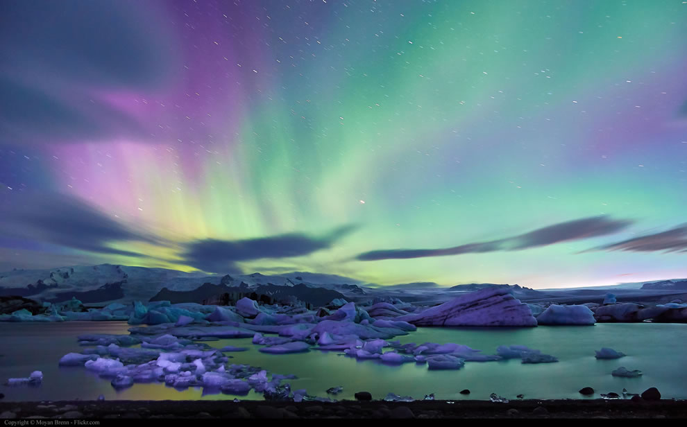 Iceland, aurora borealis over Jokulsarlon glacier lagoon