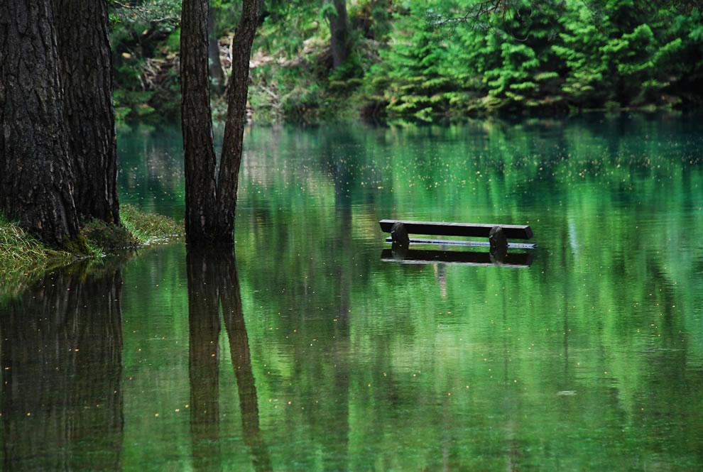 Green Lake bank