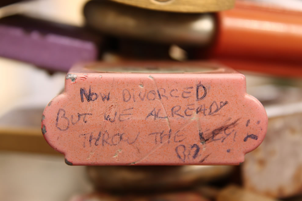 Love padlock in Prague says now divorced