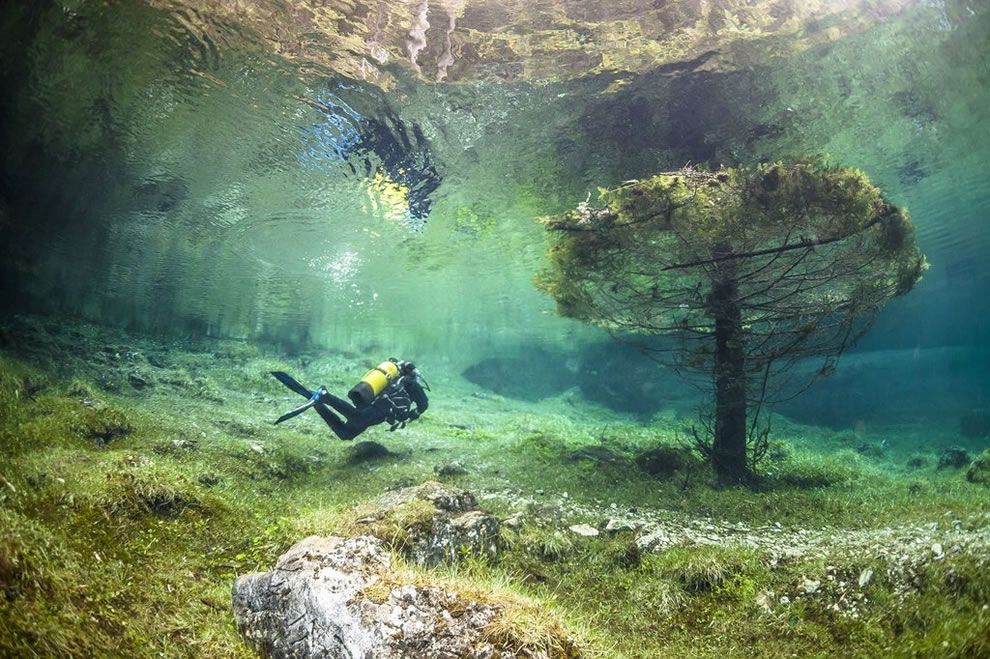 Scuba diving at Green Lake