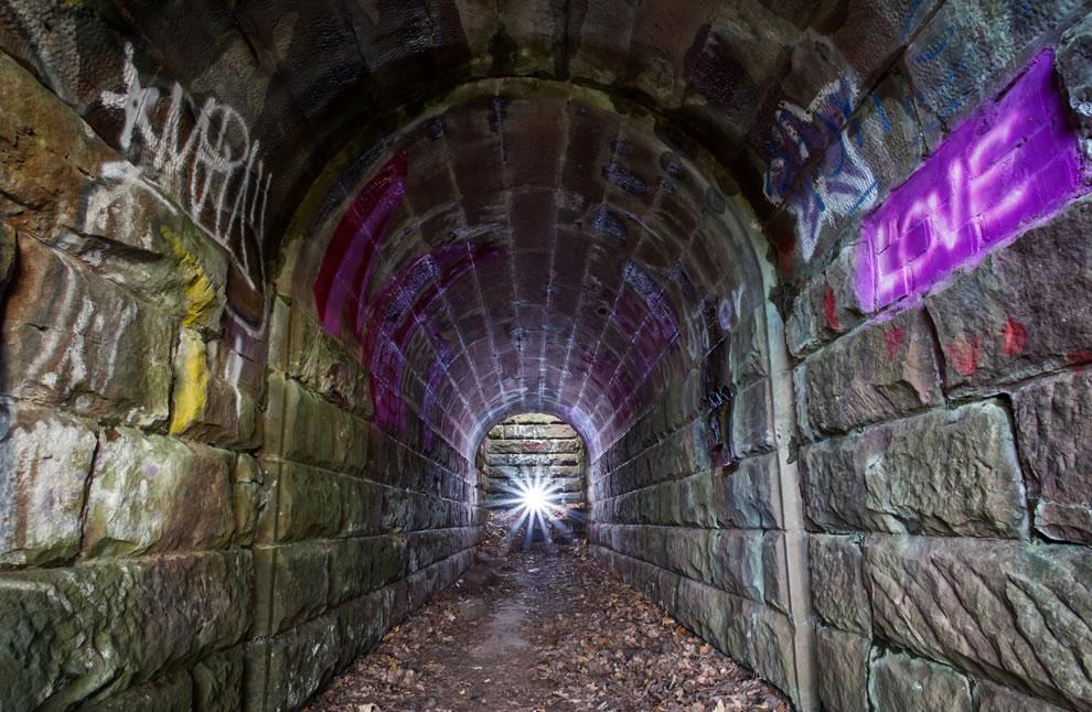 abandoned Eisenbahn tunnel