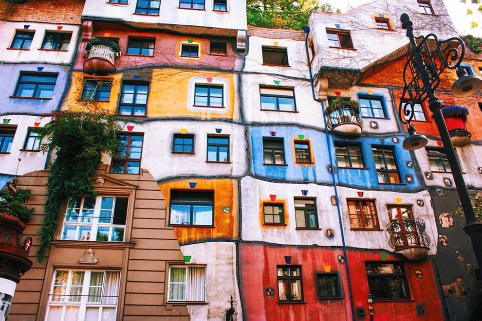 Hundertwasserhaus apartment house in Vienna, Austria