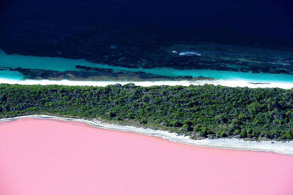 Lake Hillier, Middle Island, Australia