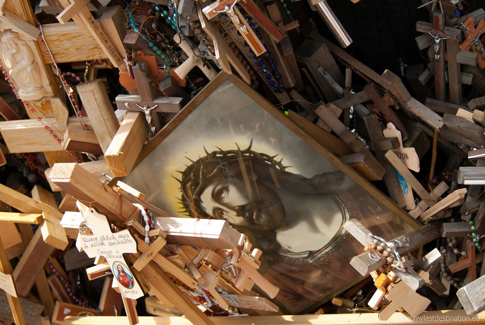Photo of Christ among the crucifixes