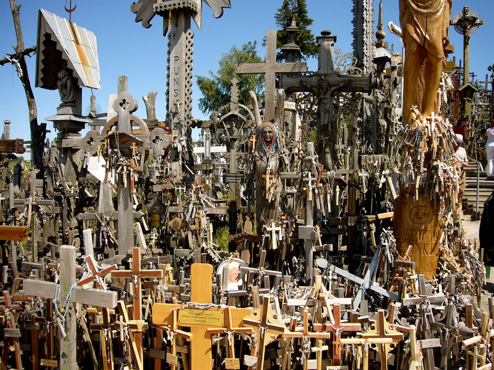 Statues and crosses at Hill of Crosses