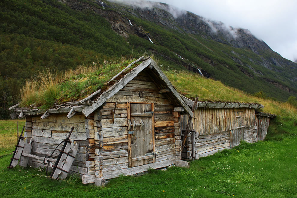 grass-roofed house in northern Norway