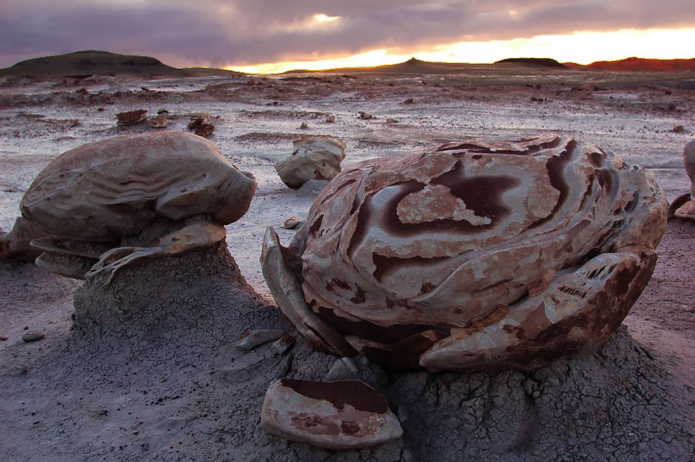 Bisti Egg in Bisti Wilderness, New Mexico
