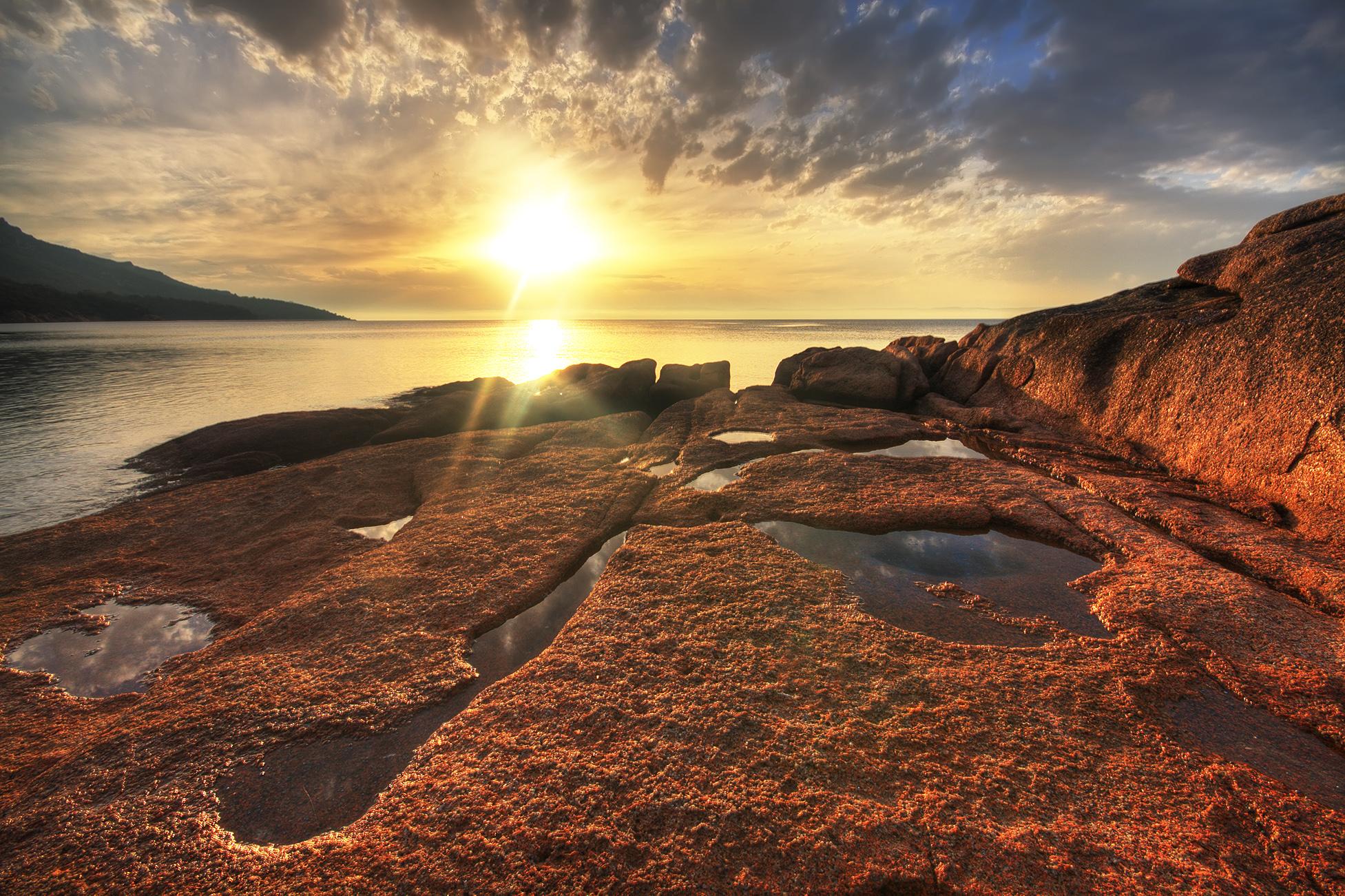 Sunset at Honeymoon Bay, Freycinet Peninsula, Tasmania, Australia.
