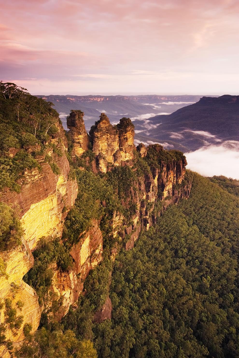 The Three Sisters, Katoomba, New South Wales, Australia