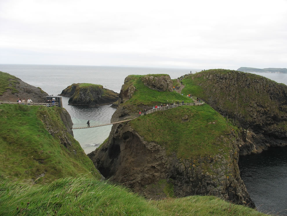 Ireland - St. Patrick - Carrick-a-Rede Rope Bridge now2