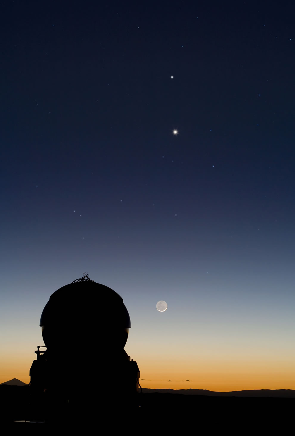 Celestial Tic-Tac-Toe - Mercury, Venus and the Moon Align