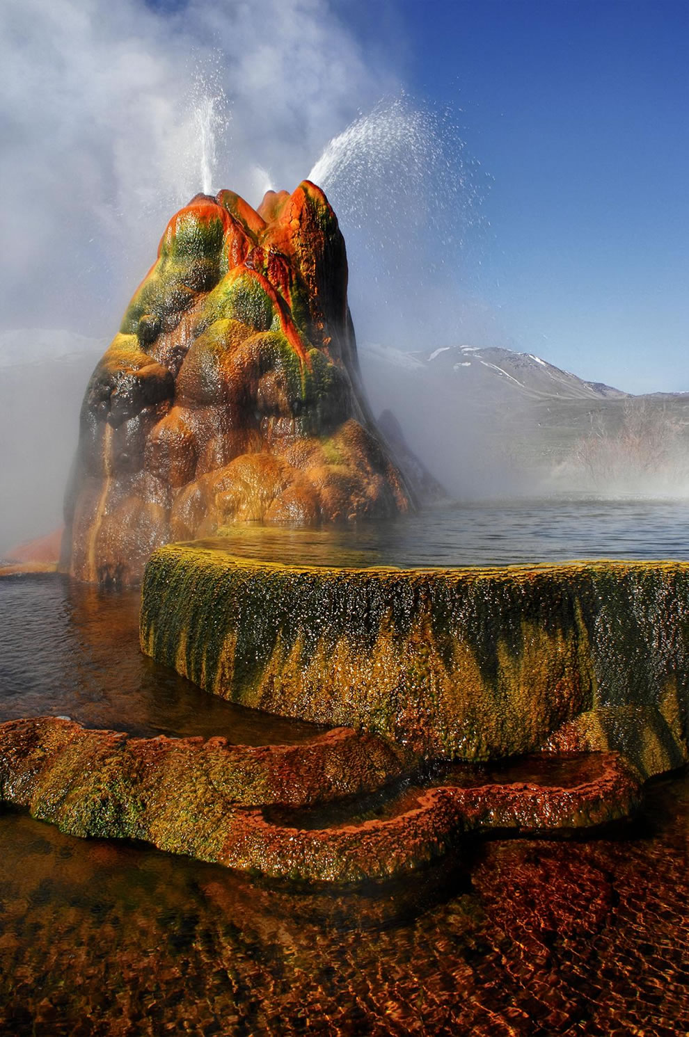 Fly Geyser in Gerlach, Nv