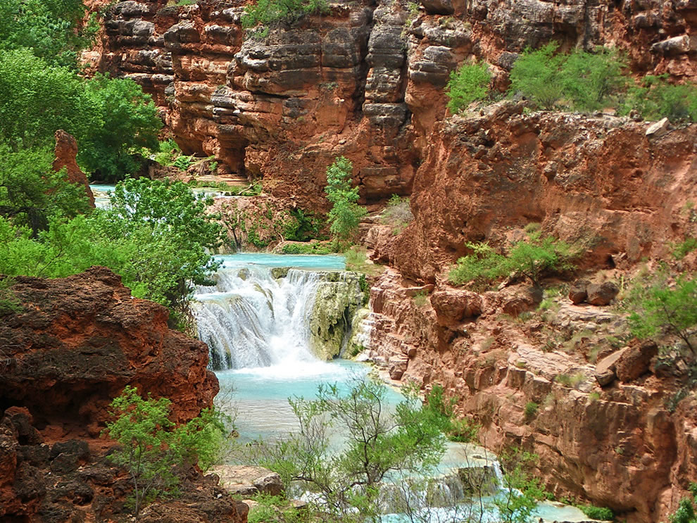 Upper Beaver Falls from trail - Grand Canyon