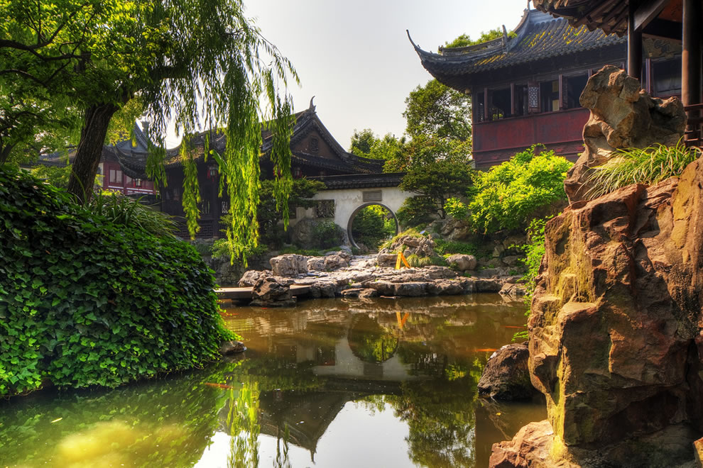Chinese Gardens - YuYuan Garden - China