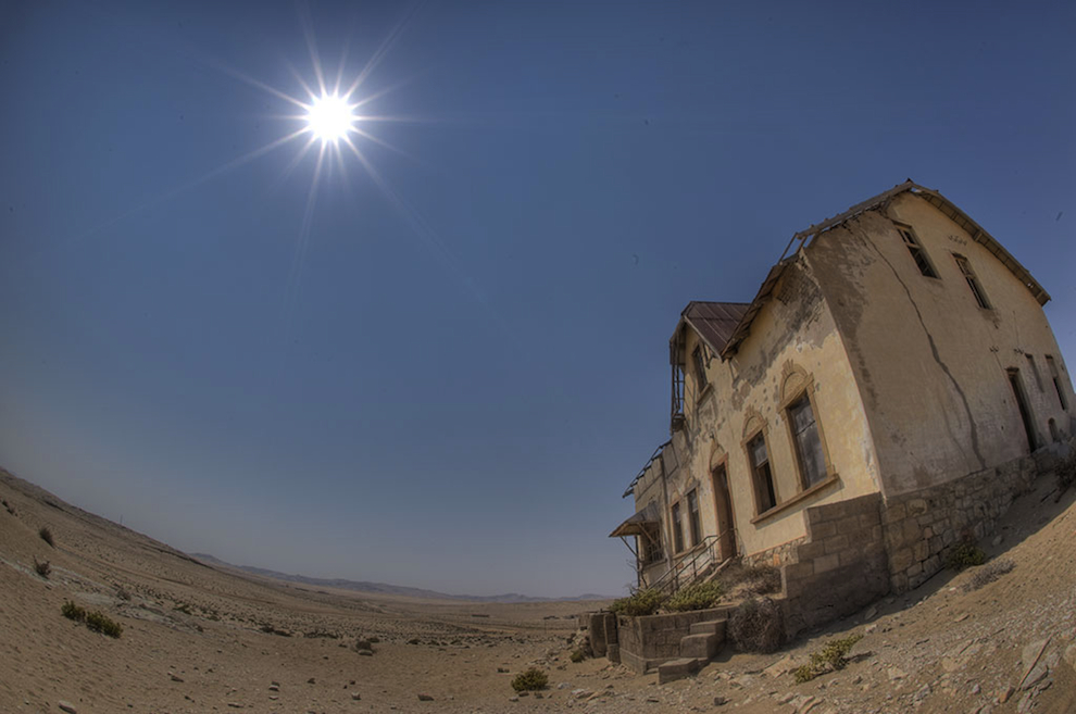 desert kolmanskop ghost town
