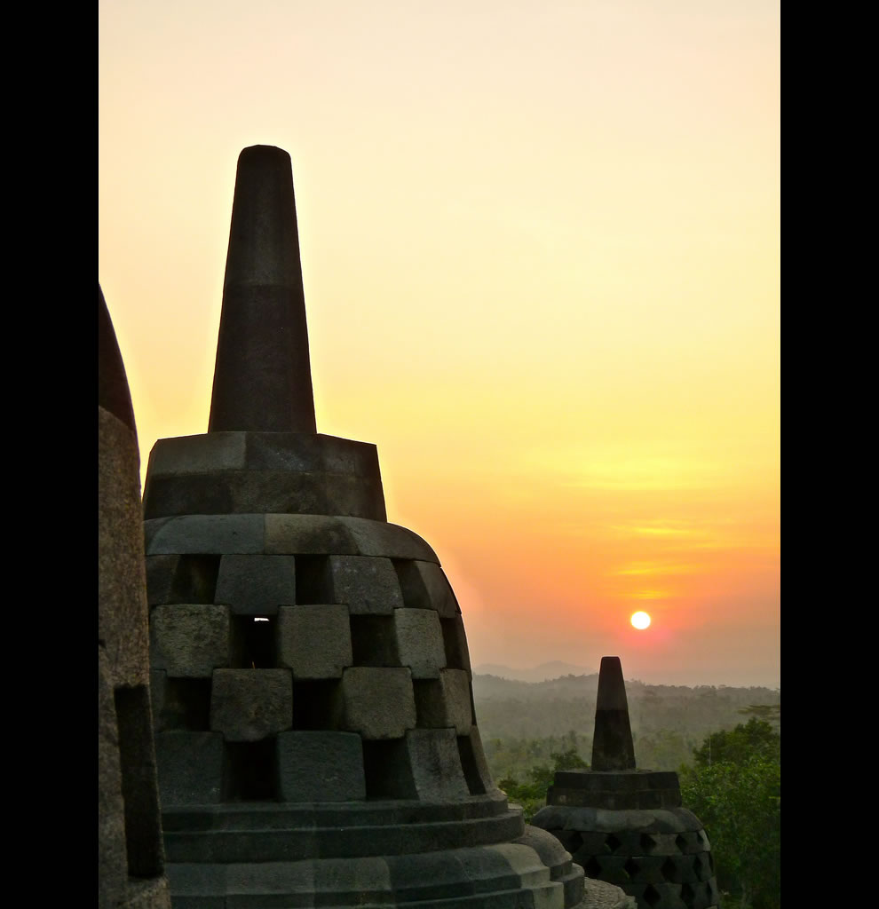 Borobudur is a ninth-century Mahayana Buddhist Monument in Magelang, Indonesia