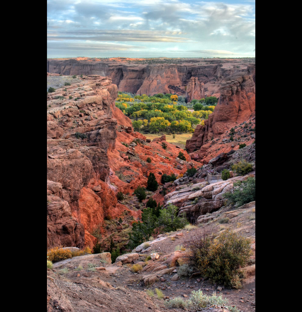 Some views from the rim of Canyon de Chelly National Monument. Arizona