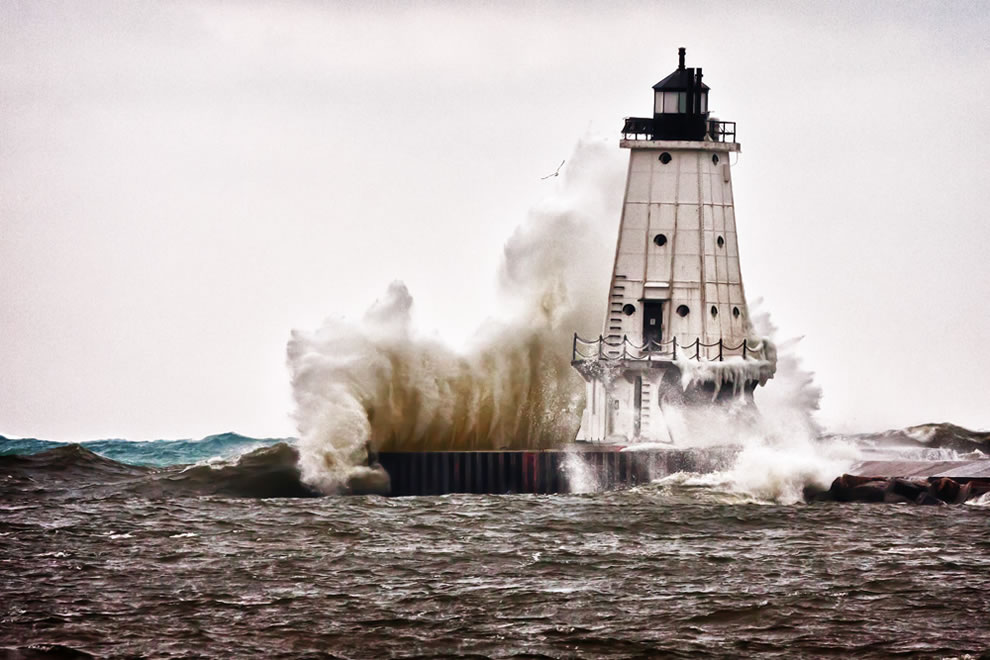 Winter Fury  Ludington North Breakwater Light